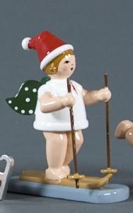 Weihnachtsengel mit Schneeschuh mit Mütze
