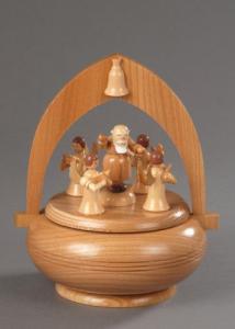 Seiffener Spieldose Petrus mit Engel