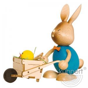 Stupsi Hase mit Schubkarre im Geschenkkarton