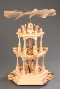 Pyramide natur 2-stöckig Christi Geburt