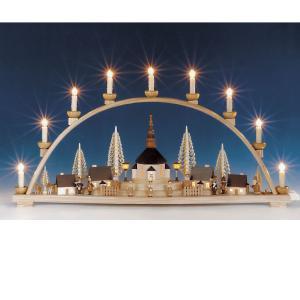 Schwibbogen groß mit Seiffener Kirche u. beleuchteten Laternen, komplett beleuchtet